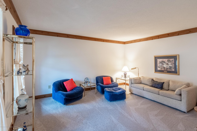 3945 Breckinridge Dr - Family Room - 10