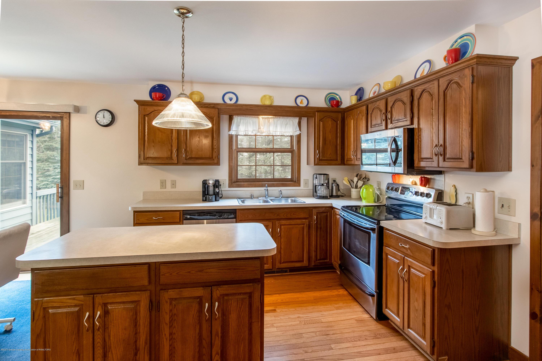 3945 Breckinridge Dr - Kitchen - 15
