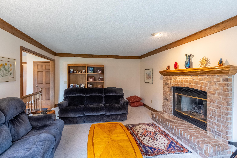 3945 Breckinridge Dr - Living Room - 23