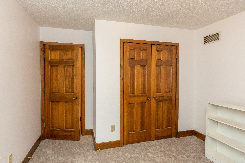 3945 Breckinridge Dr - Bedroom 4 - 38