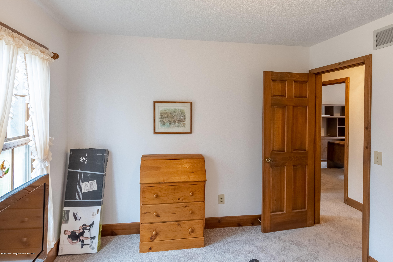 3945 Breckinridge Dr - Bedroom 5 - 42