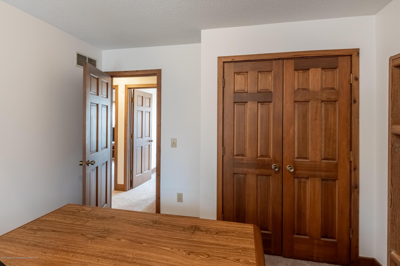 3945 Breckinridge Dr - Bedroom 7 - 46