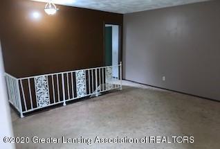 12720 Shaftsburg Rd - LIVING ROOM - 4