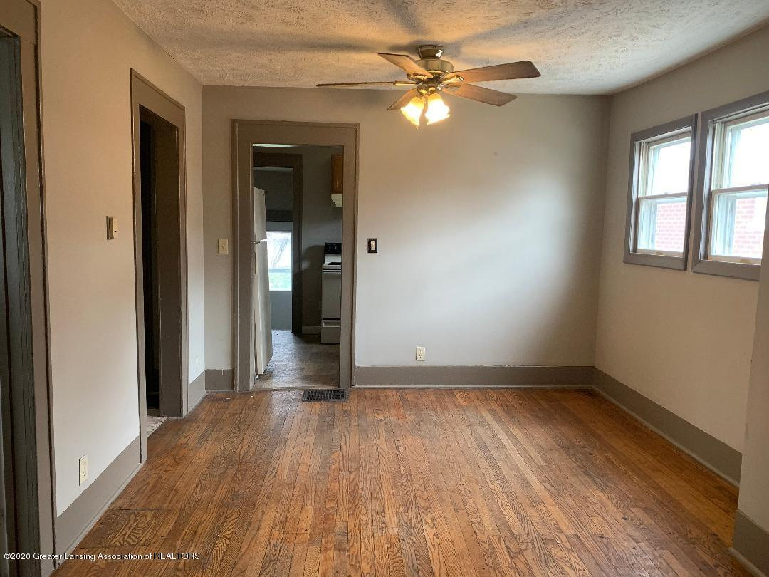 333 E Hodge Ave - living-dining room - 13