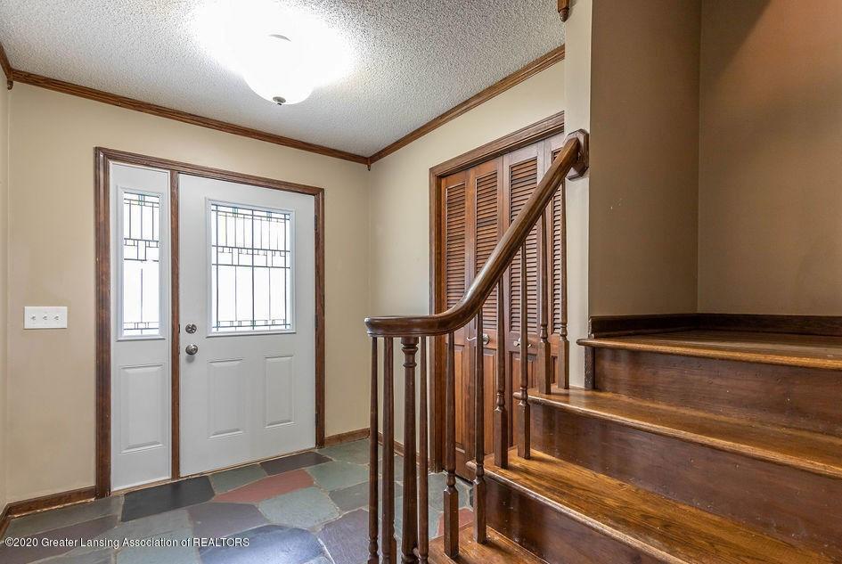 4215 Whitby Ln - Foyer - 2