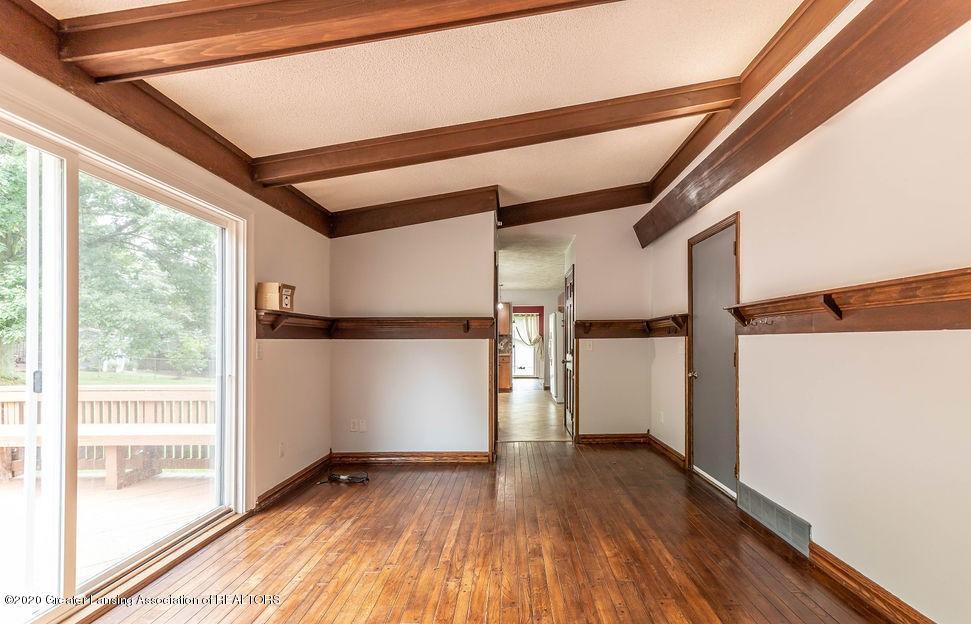 4215 Whitby Ln - Family Room - 13