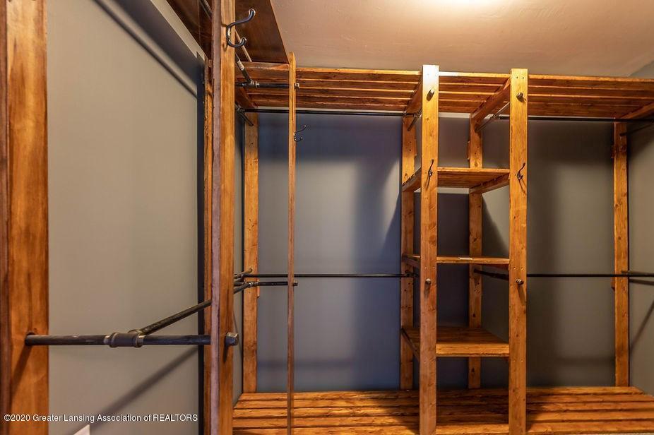 4215 Whitby Ln - Master Closet - 18