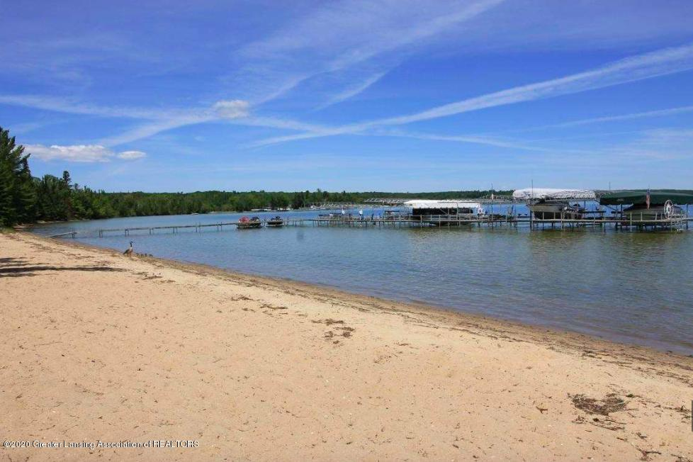 Lot 23 Indian Woods Trail - 500' Of Shared Beach - 13