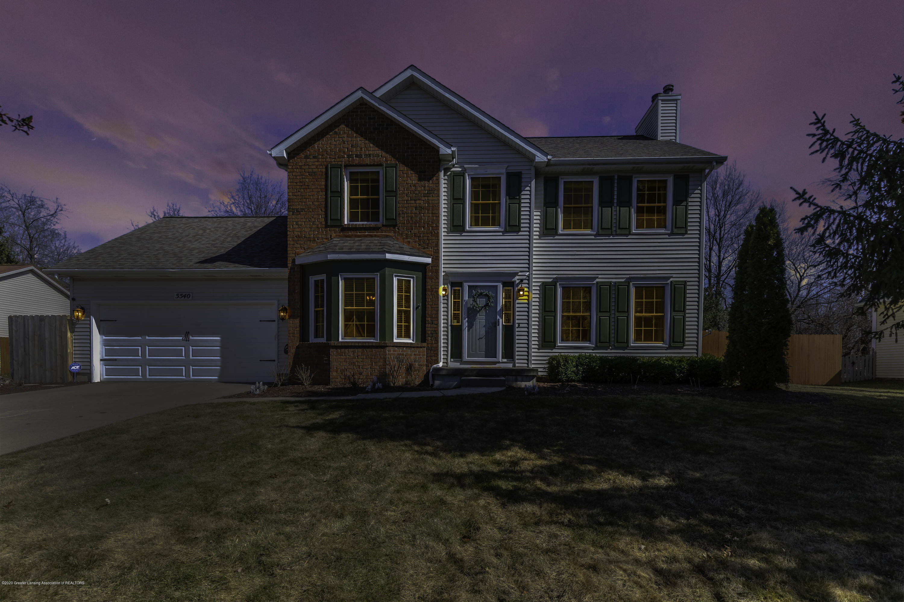 5540 Earliglow - Front - 1