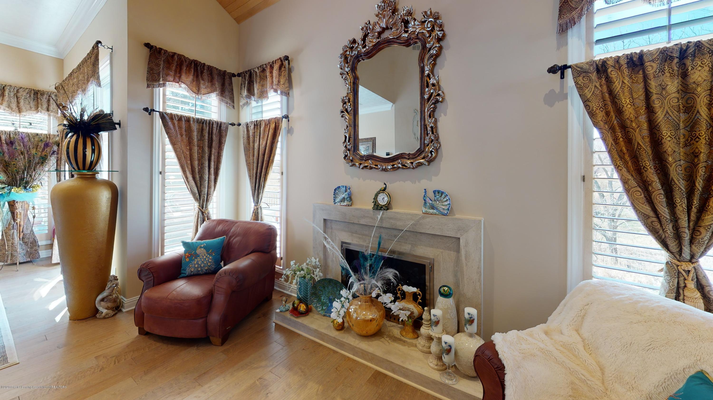 6105 W Longview Dr - 6105-West-Longview-Living-Room(5) - 16