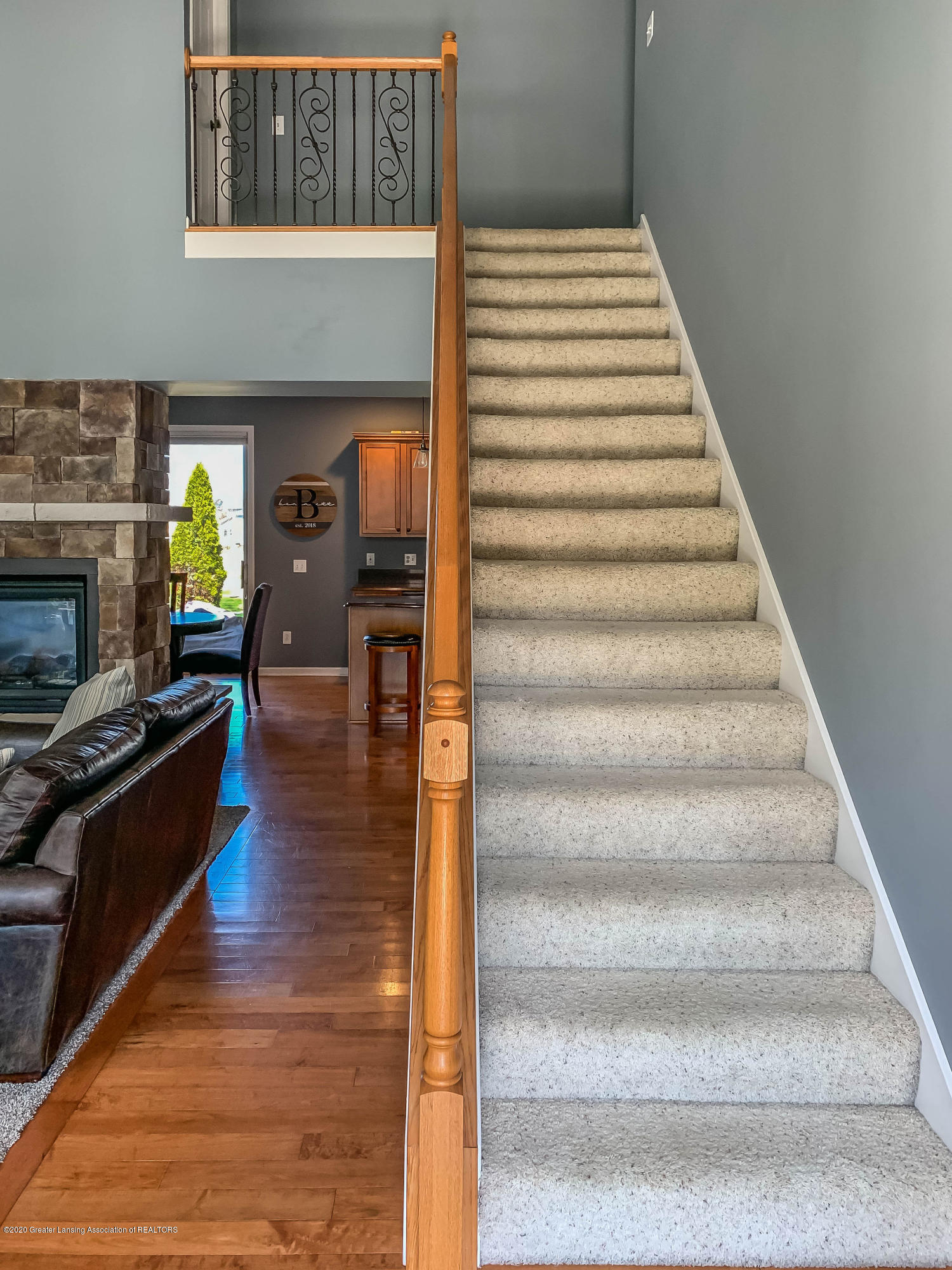 5845 Coleman Rd - marilynstairs2 - 17