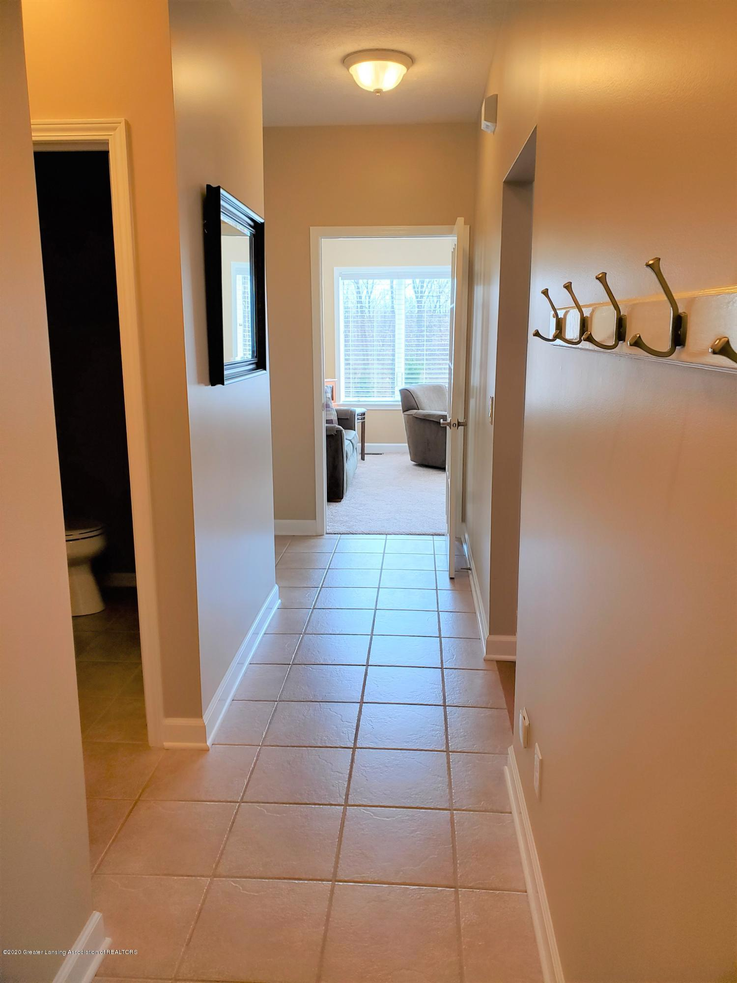 558 N Wheaton Rd - Back Mud Room - 20