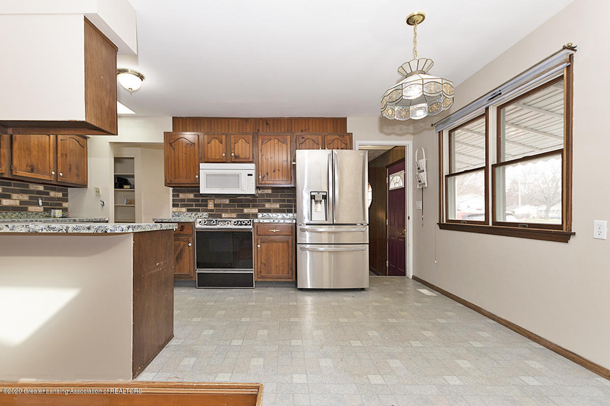 4721 Sycamore St - kitchen dining - 6