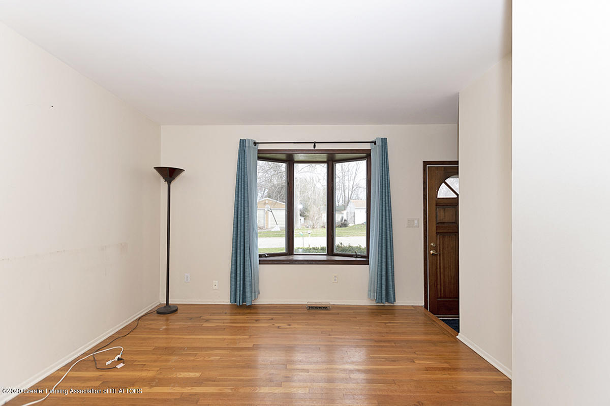 4721 Sycamore St - Living room 2 - 8