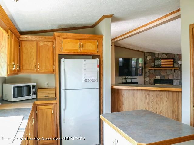4970 Whittum Rd - Kitchen - 12