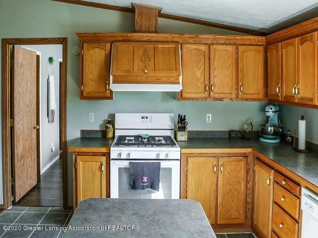 4970 Whittum Rd - Kitchen - 9
