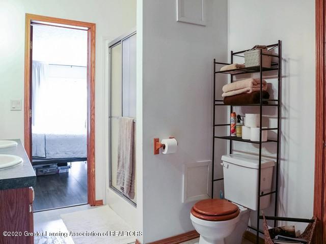 4970 Whittum Rd - Master Bath - 21