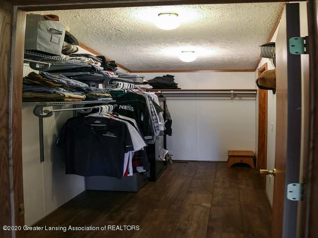 4970 Whittum Rd - Master Closet - 23