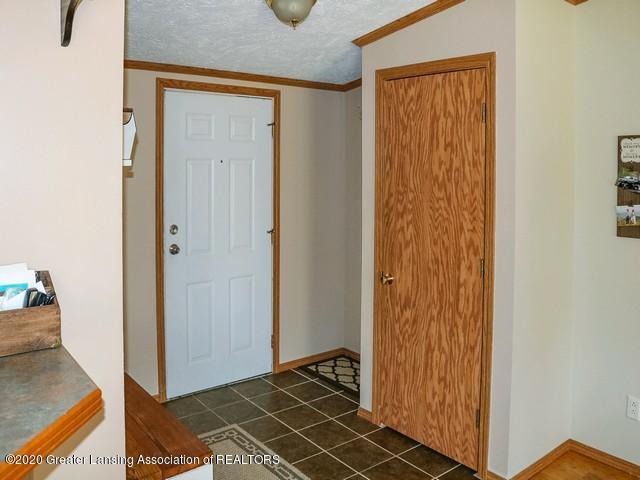 4970 Whittum Rd - Entry - 4