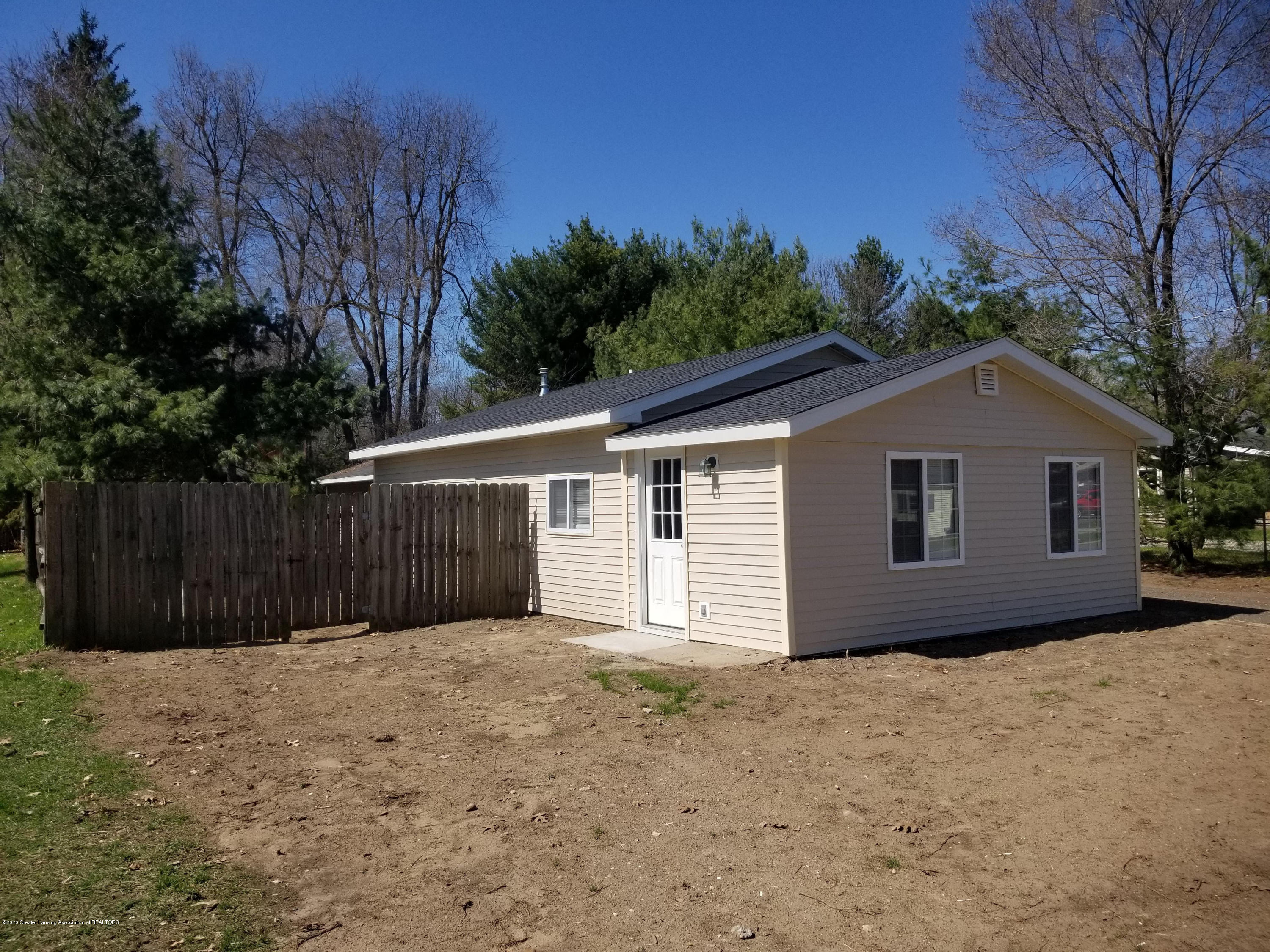 15486 Outer Dr - front - 2