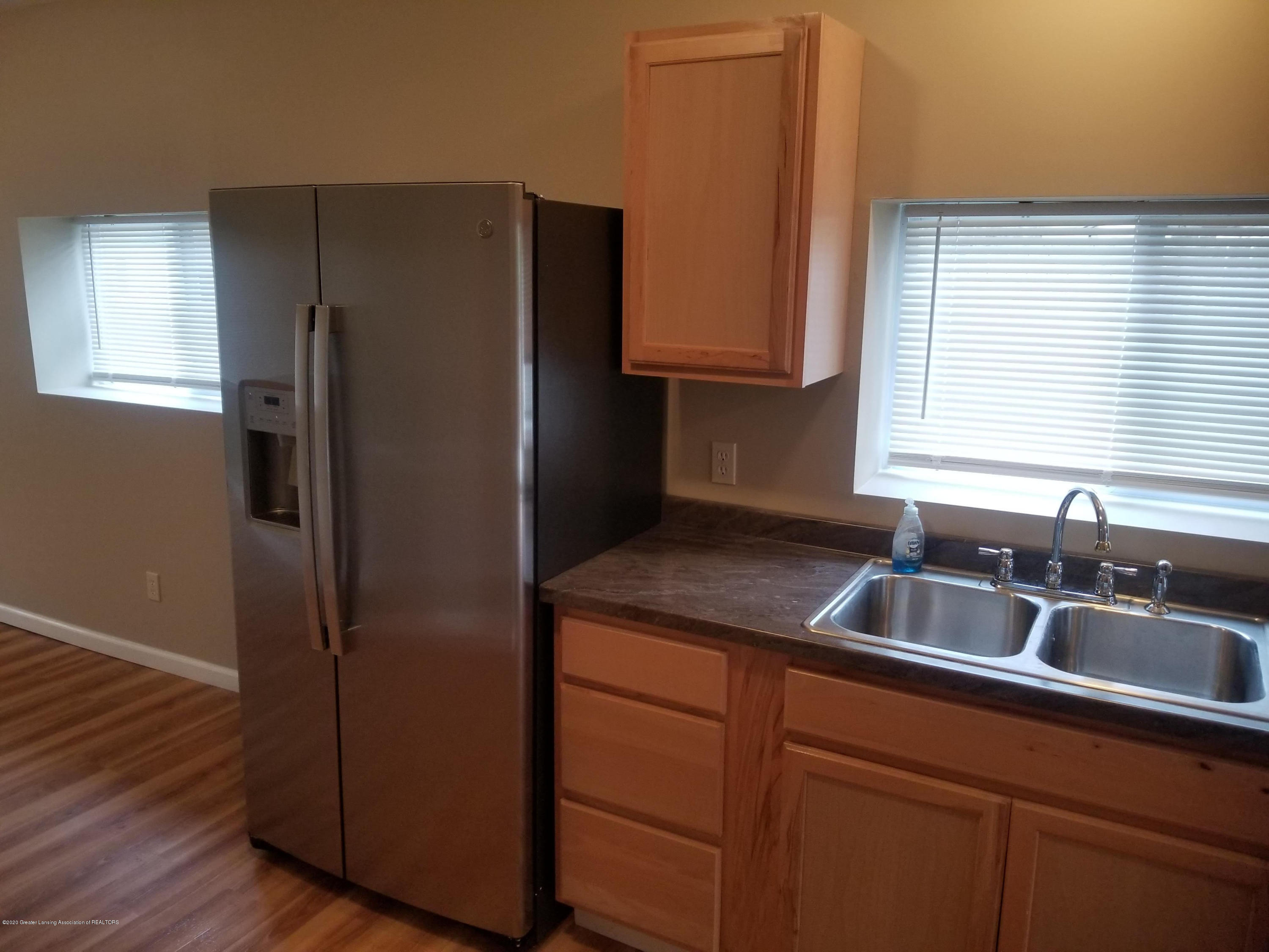 15486 Outer Dr - Kitchen1 - 10