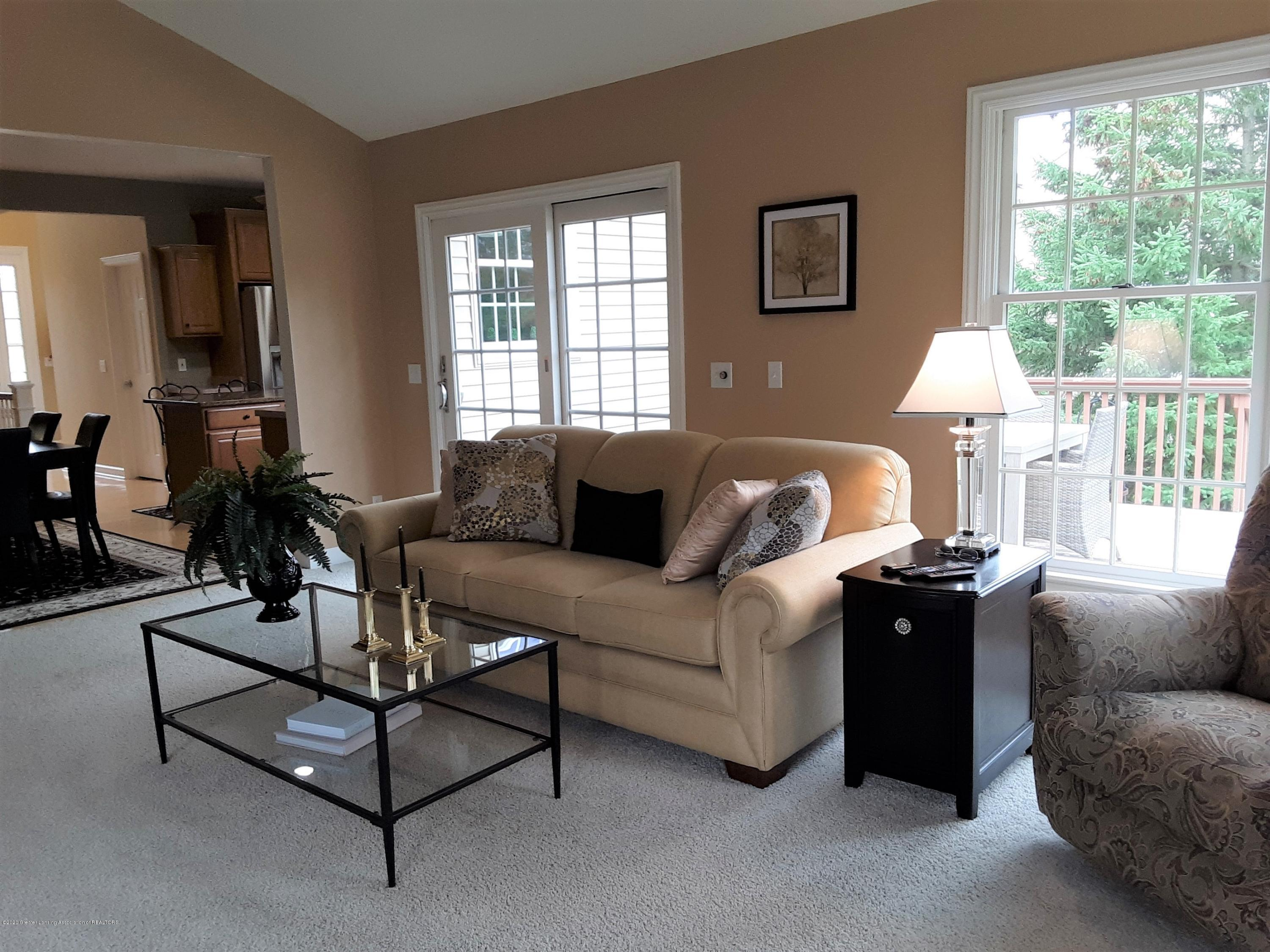 13142 Blaisdell Dr - 13. Great Room with deck access - 14