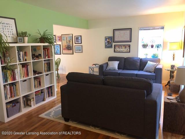 1667 Melrose Ave - Living Room - 6