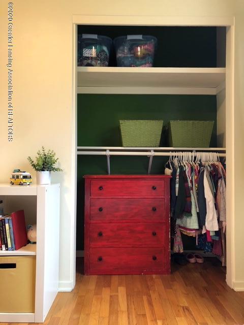 1667 Melrose Ave - Bedroom Closet - 15