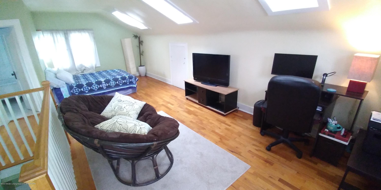 231 Horton St - Bedroom Studio Upstairs-1 (1) - 16