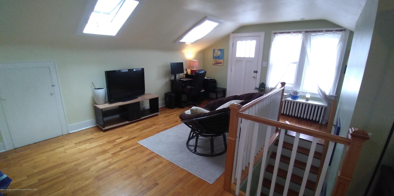 231 Horton St - Bedroom Studio Upstairs-4 - 18