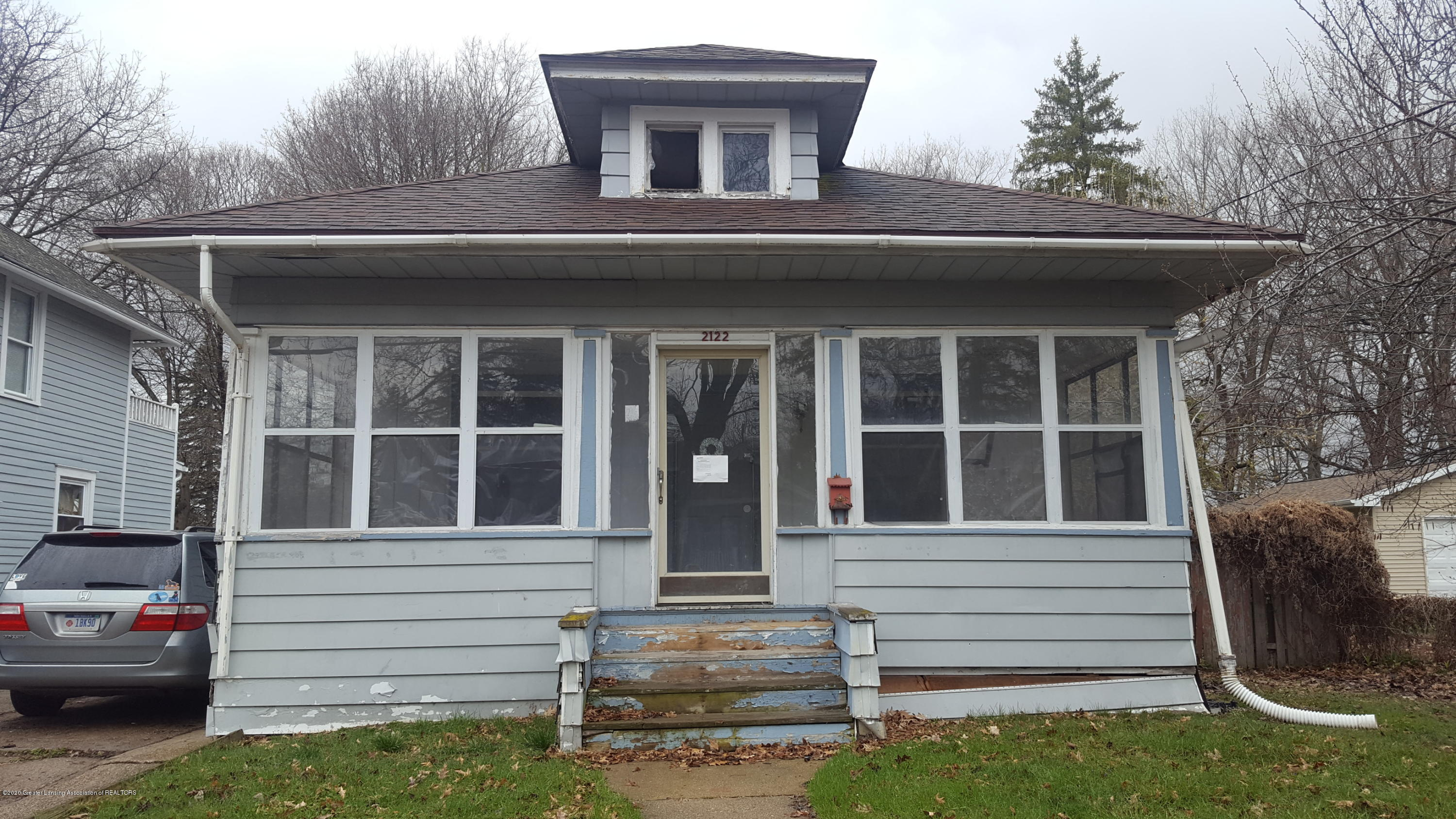 2122 Forest Ave - Front View - 1