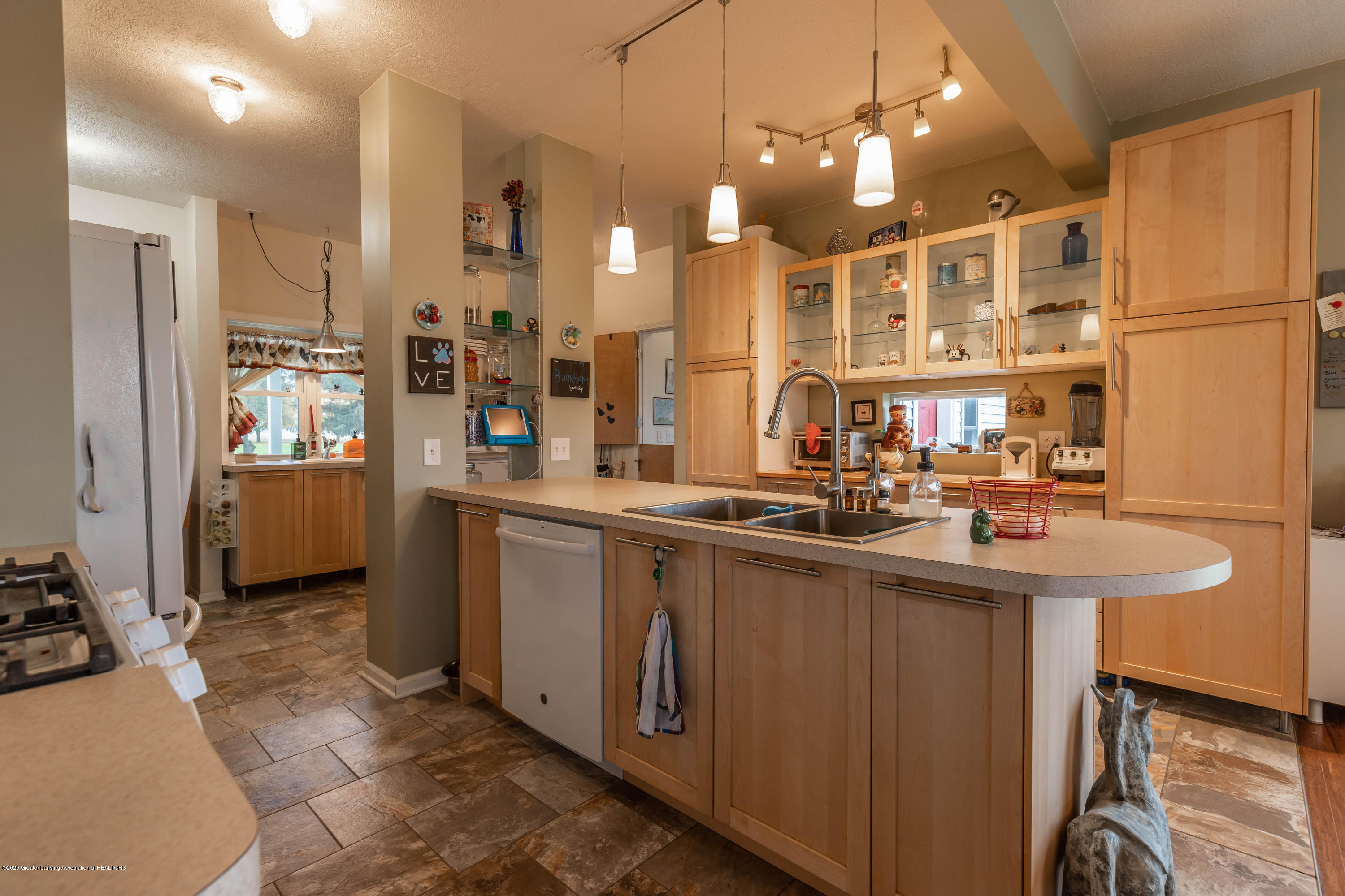 8740 N Scott Rd - Kitchen - 5