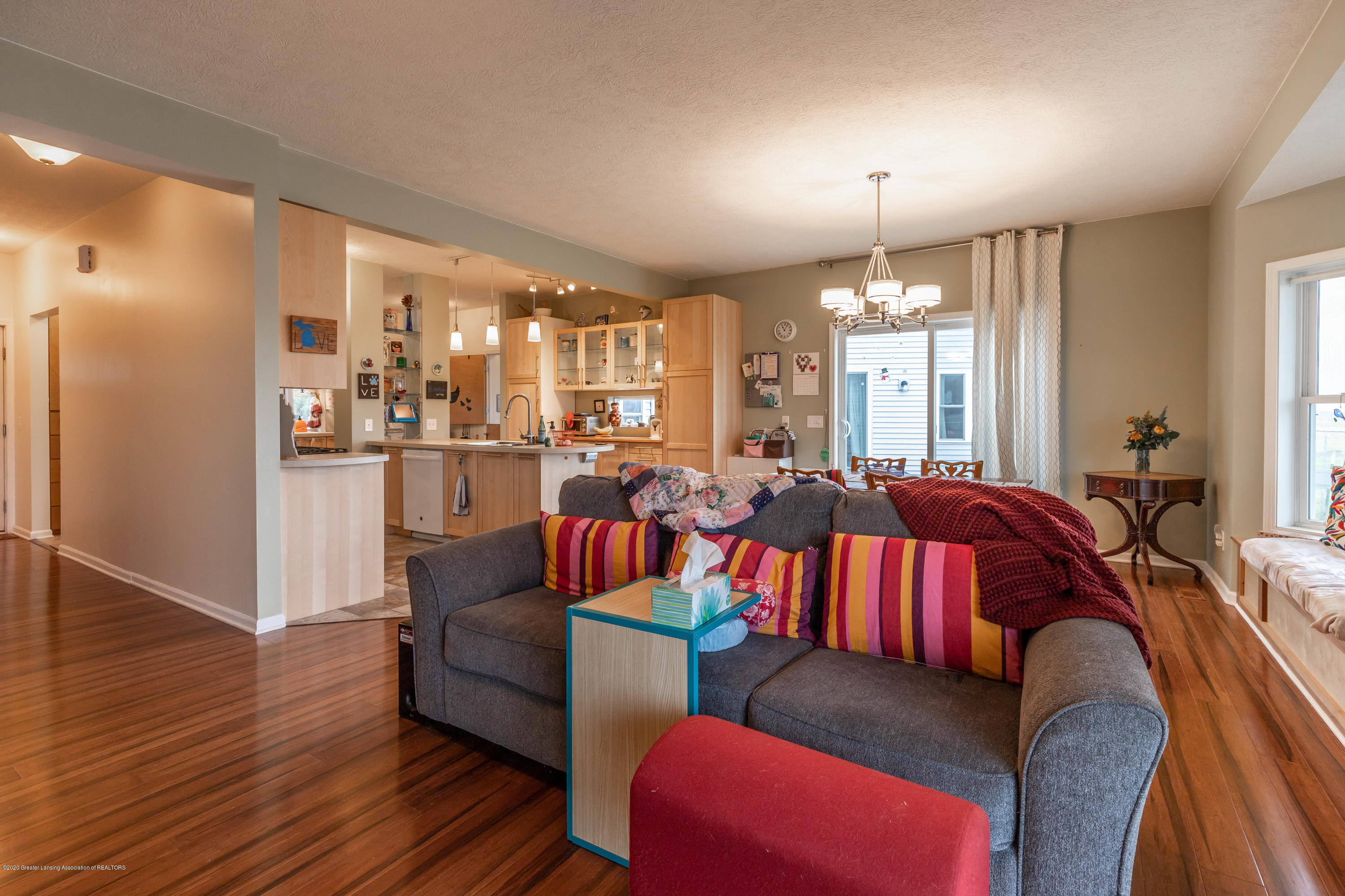 8740 N Scott Rd - Living Room - 12