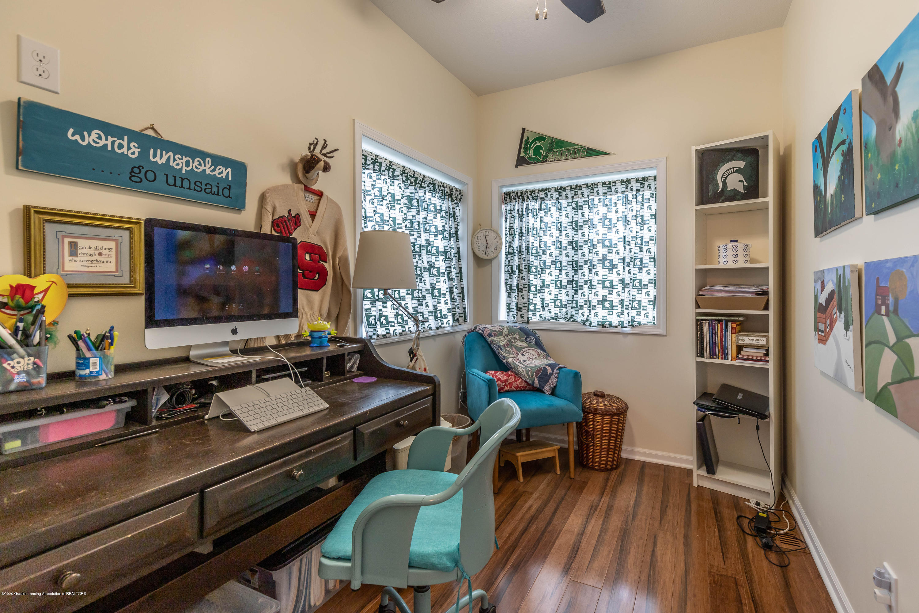 8740 N Scott Rd - Office - 19