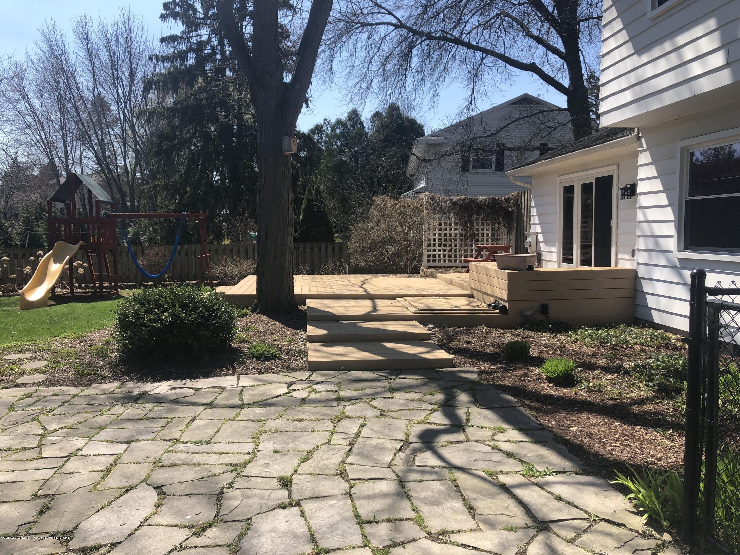 921 Longfellow Dr - Deck and Patio - 50