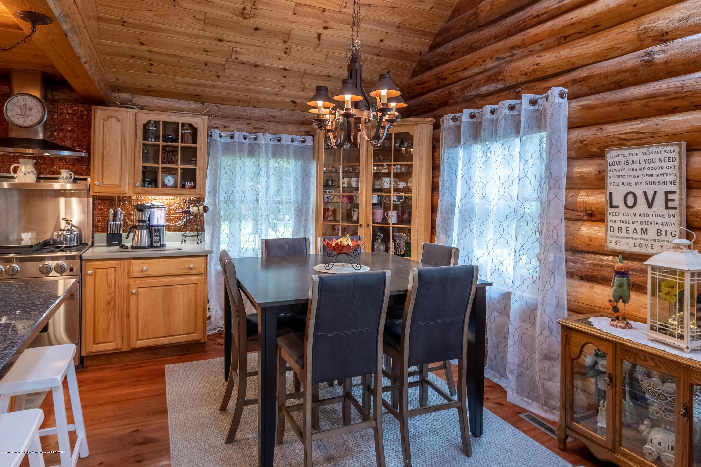 9648 W Wilbur Hwy - Dining Room - 10