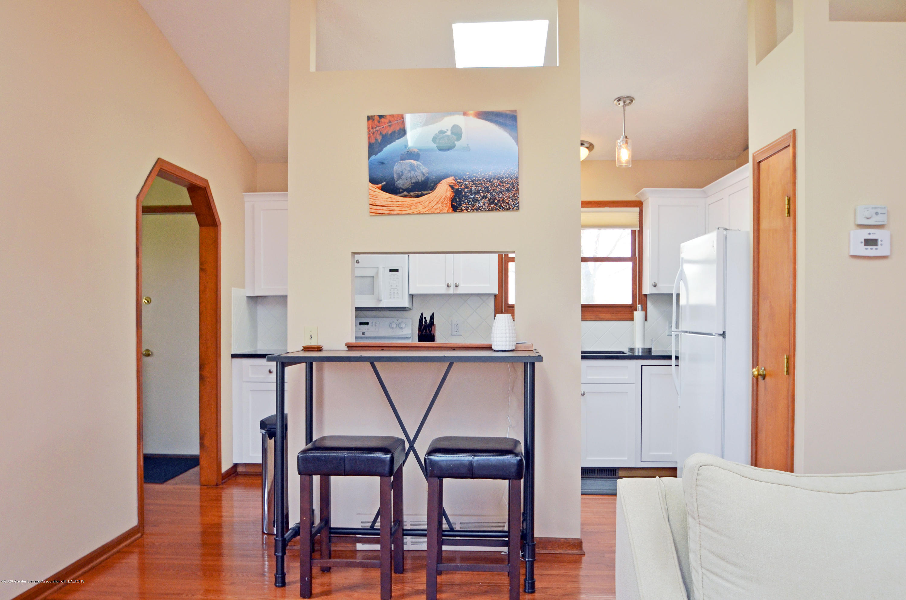2473 Graystone Dr - to Kitchen - 8