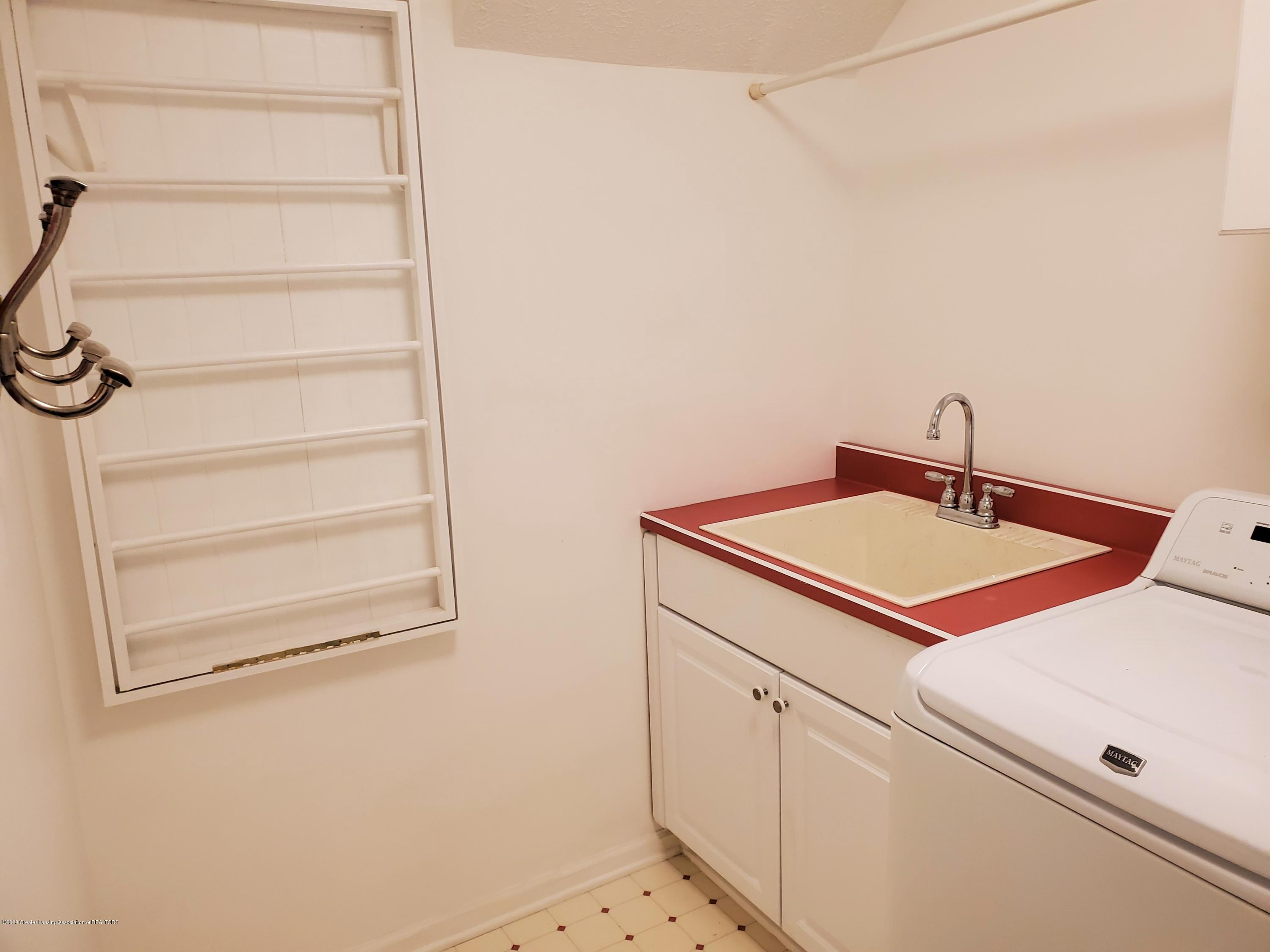 1075 Nautical Dr - Laundry Room - 22