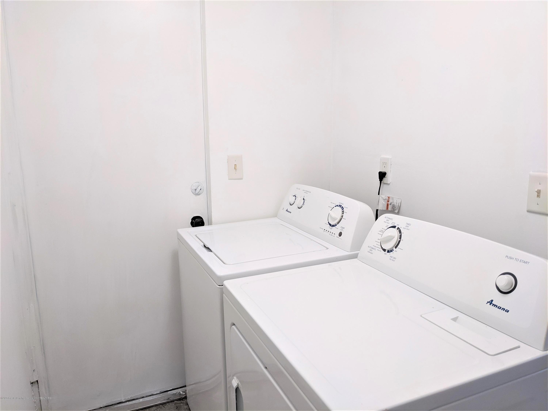 884 Lyons Rd - Lyons laundry room - 14