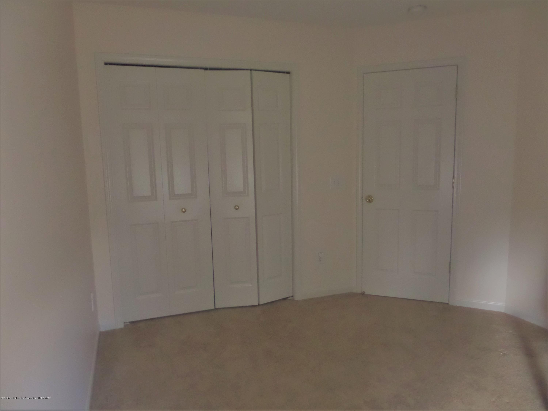 5332 Burcham Dr - Upstairs Bedroom - 23