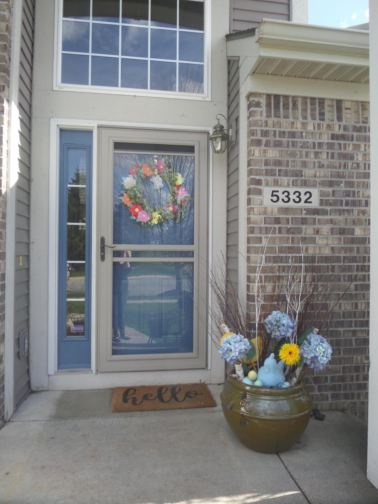 5332 Burcham Dr - Welcome to 5332 Burcham Dr! - 2
