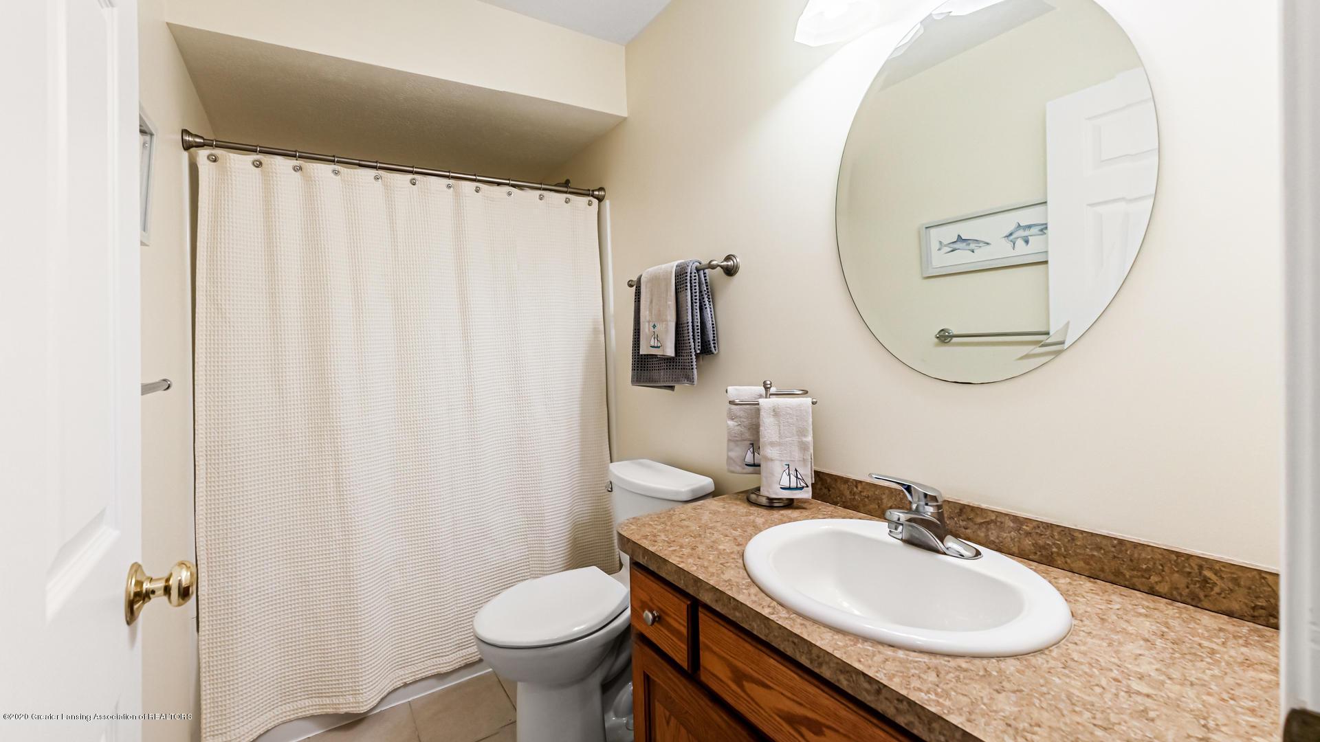 5332 Burcham Dr - Lower level bath - 32