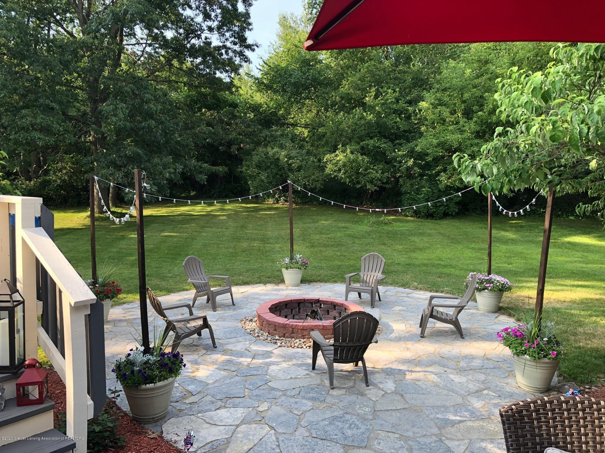 9481 Lookout Point Dr - Patio - 39