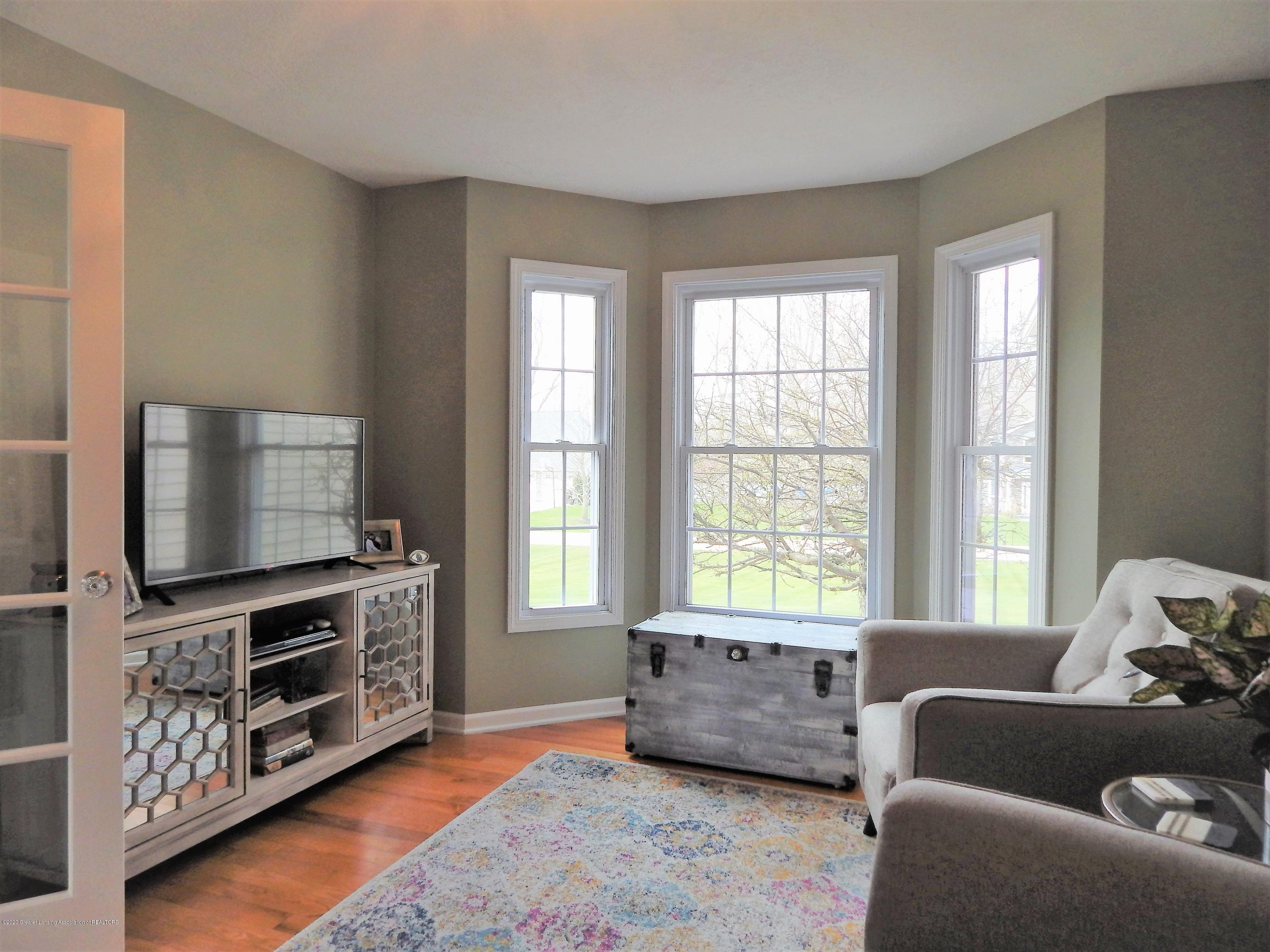 9481 Lookout Point Dr - Bedroom/Office - 32