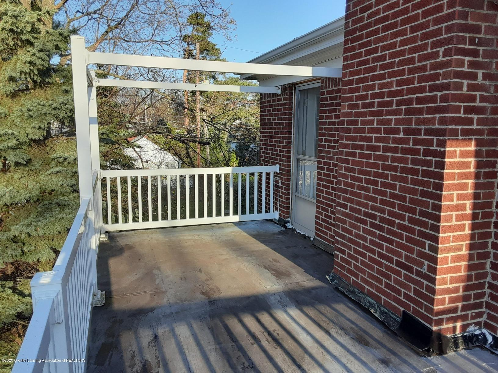 615 Bailey St - Porch Off Bed 2 - 29