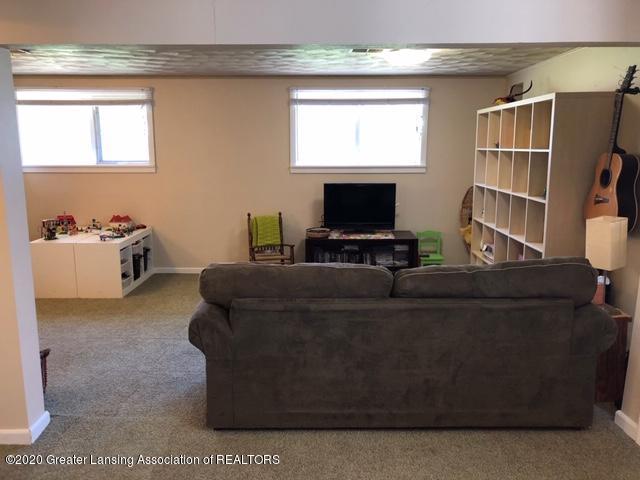 1667 Melrose Ave - Rec Room - 23