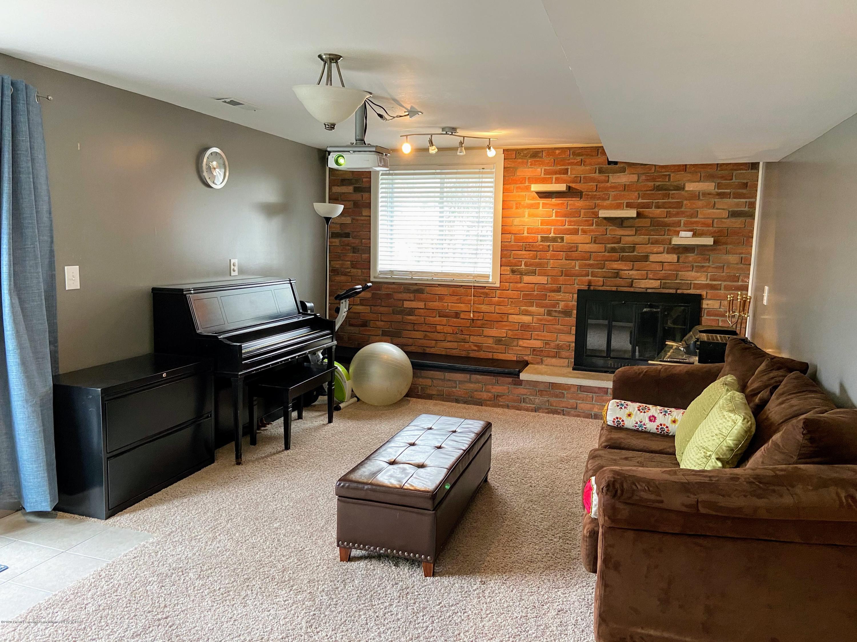 2703 Groesbeck Ave - Lower level family room - 18
