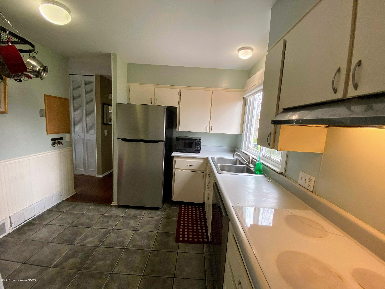 2703 Groesbeck Ave - Kitchen - 6