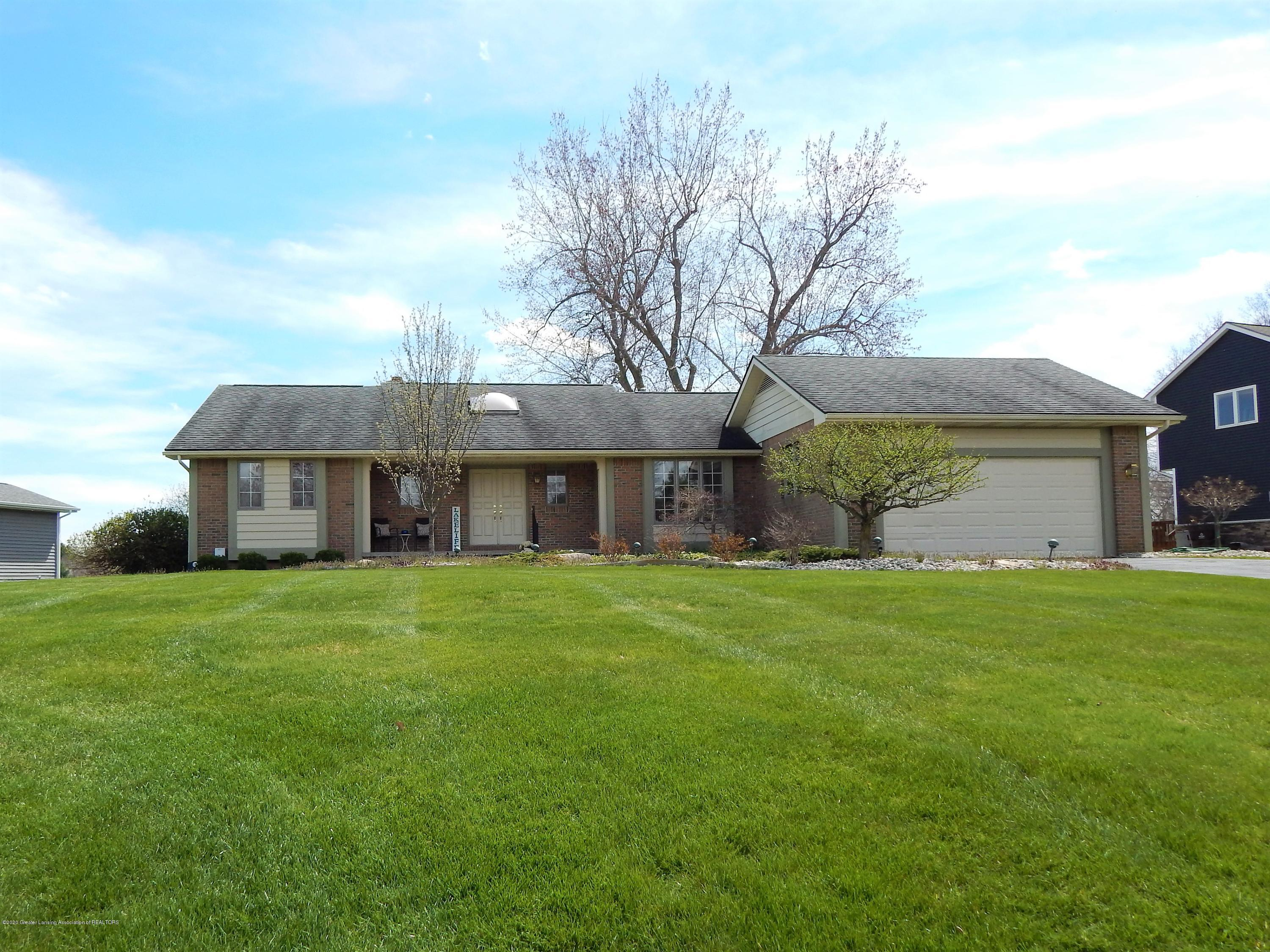 9283 W Scenic Lake Dr - Front Exterior - 3