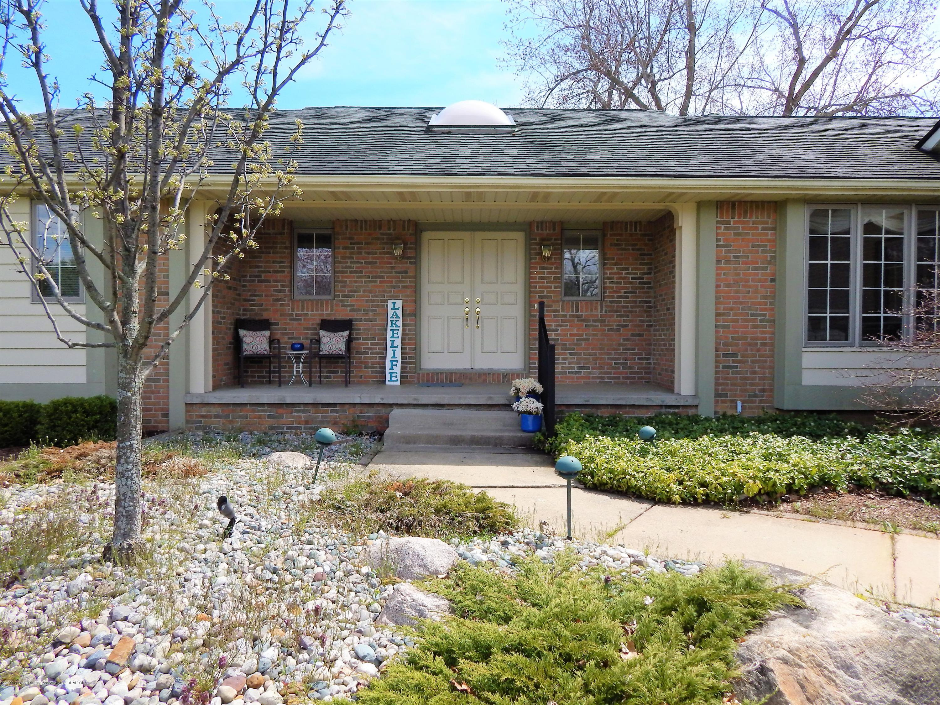 9283 W Scenic Lake Dr - Front Exterior - 4